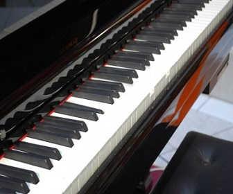 半分、青い。4話の感想「律のピアノ」